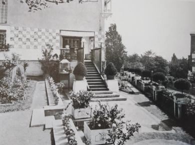Haus Olbrich_Vorgarten