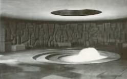 Unterirdisch in Brüssel: Quellenraum mit Brunnen